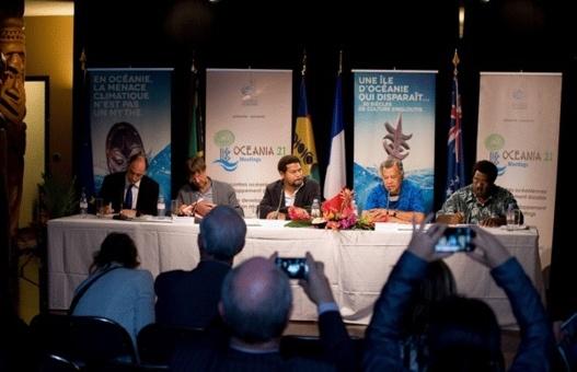 Nicolas Hulot, Anthony Lecren, Henry Puma (Premier Ministre Iles Cook), Marcellino Pipite (Ministre Vanuatu)