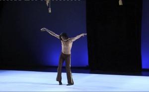 Sthan Kabar Louët, danseur et chorégraphe